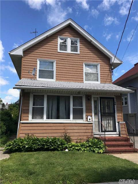 Wonderful Home In Need Of Work In A Very Convenient Part Of Mineola. Close To Lirr For Commuters. 4 Br's, 2 Full Baths, Ready For You To Make It All Yours. Plumbing, Heating, Electric In Working Order. Updated Gas/Steam Furnace. Home Being Sold As Is. Update And Customize As You Like!