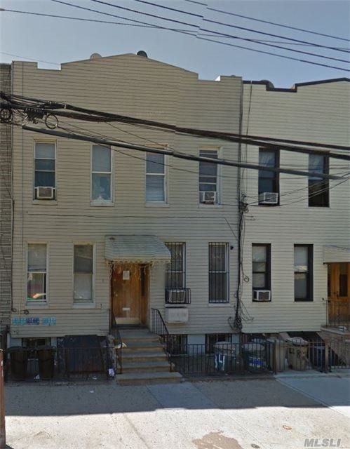 4 Family Home In The Heat Of Ridgewood. 1st Fl Owners Apt Is Duplex-Ed With The Basement With A Spiral Staircase And Will Be Vacant On Title. Nice Private Yard, Near All.