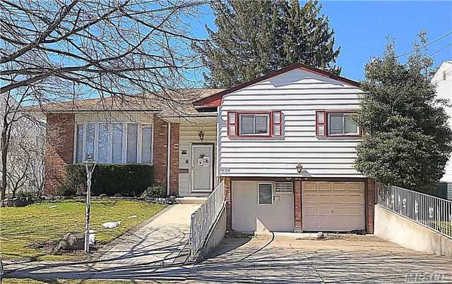 Bright And Sunny Wide Line High Ranch In The Heart Of Woodmere, Sd#15, 6 Bedrooms, Great Location, Great Block, Close To Schools And House Of Worship! Must See!!