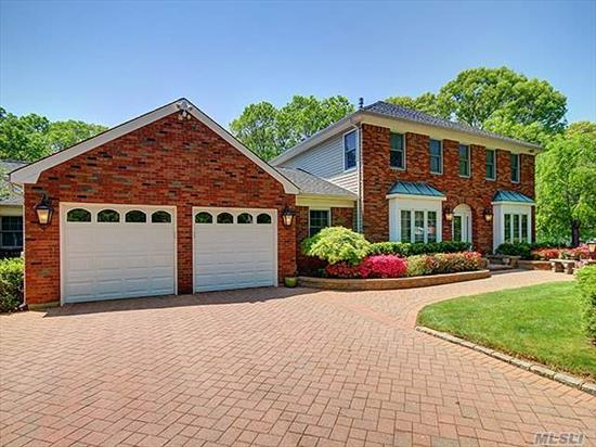 A Majestic 5 Bedroom Colonial On 1.1 Acres W/Legal 2 Family 3 Bdrm, 2 Bth Updated Ranch. Beautiful Newer Kit W/Sub Zero Fridge, Wolf Cooktop, Granite, Butler Pantry, Crown Molding Thru Out. Grand Mstr Suite W/Fplc, Radiant Heat Floors. Pool House W/Walls Of Glass & Full Bath, Igs, Cac, Pavered Patios, Speciman Landscaping. Too Much To List!