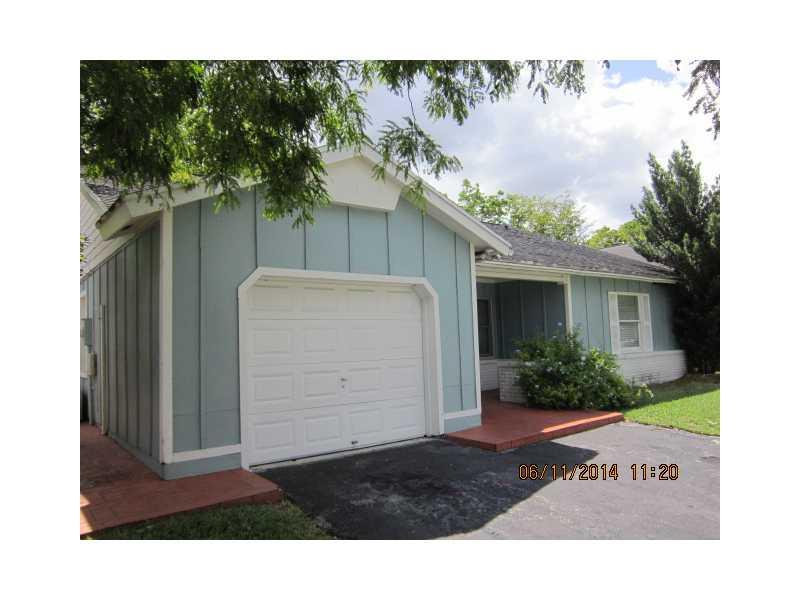 Highest & Best Due By Noon On Monday, 10/13/14. Property Eligible Under The Freddie Mac First-Look Initiative Through Aug 24, 2014. No Assigning/Assignees. If Buyer Uses Seller-Approved Title Agent, Seller Will Pay For Title Policy. $500 Credit Toward S Home Warranty At Closing For Owner-Occupant Offers. Click On Attachments For Special Instructions And Mandatory Disclosures. Use Taza Link To Make Offers.