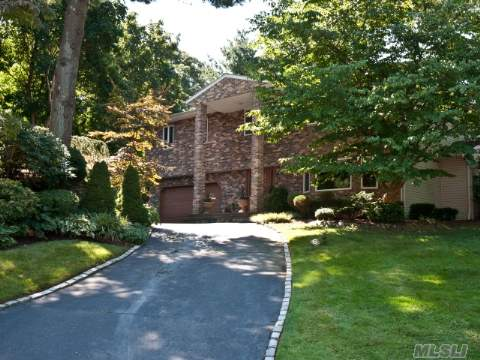 Diamond 4 Bedroom 3 Bath Colonial In Hunting Hill With Ig Gunite Pool On Half Acre.New Graniite Eik With Butlers Pantry.Family Room With Fireplace. New Master Suite W/Dressing Rm And New Bath W/Steam Shower. Oversize Bedrooms New Family Bath. Race Deck Flooring In  Garage. Low Taxes Of 15,000.