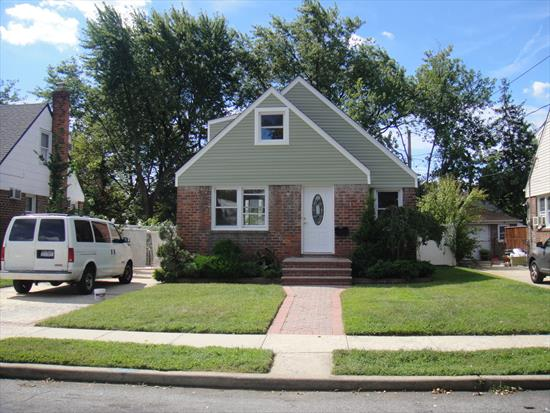 Totally Renovated 4 Bedroom colonial. Ready to move in-Excellent school district
