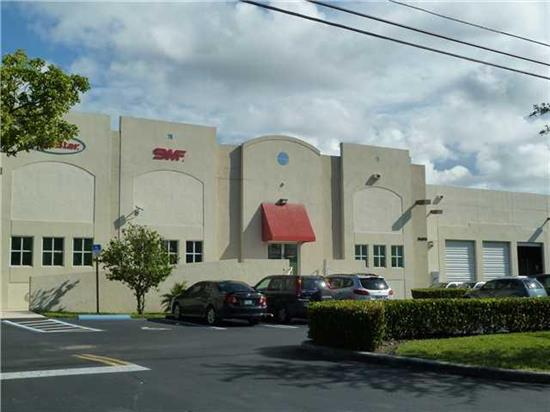 High Quality Free Standing Distribution Warehouse With 7 Dock High Doors In A Prime Doral Location. Located Just 1 Block Off Of Nw 36 St., The Building Was Constructed In 2001 & Offers 5, 000+/-Sf Of Offices & 20, 000 Sf Of Clean Distribution Warehouses Sp Ace With 18 Ft Ceilings. There Are 37 Parking Spaces For Employees. There Are 2 Conference Rooms, Executive Offices, Abundant Workstation Spaces, Kitchen Area, 2 Bathrooms & A Large Supervisors Office In The Warehouse Portion. This Is An Ideal Inv. Prop.