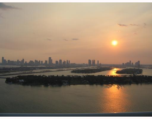 Bank Foreclosure - Not A Short Sale - Closing 30 Days - Spectacular Panoramic Views From The 29Th Floor Of The Luxurious Floridian Of South Beach - Splitfloorplan, Glass Balcony, Don'T Miss This Incredible Opportunity