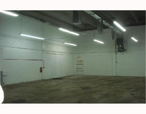 Excellent Warehouse Condo - 100% A/C - 22 Ceiling Height - Oversized Street Level Loading Doors, Office Has Restroom. Can Be Combined With Unit #6 For A Total Of 3, 860 Sf - Similar Unit - Same Price. Also For Sale @ $193, 000 P/Unit.