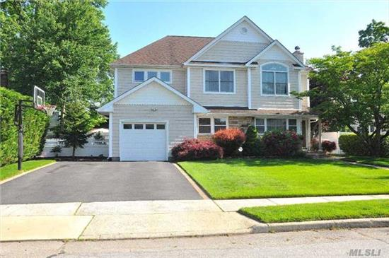 Just Pack Your Bags And Move Right In To This Beautiful Updated Colonial In Sought After Wantagh Woods Sd 23. Rare Find: 5Br/3Full Bath W/Full/Fin Bsmnt. Exp Eik And Pvt Country Club Backyard Great For Entertaining. Lrg Mstr Has Huge Wic Quiet Mid Block Location. Great Home For Large Or Extended Family. Solar Panels A Gift. Incredible Pride Of Ownership! Look No Further!