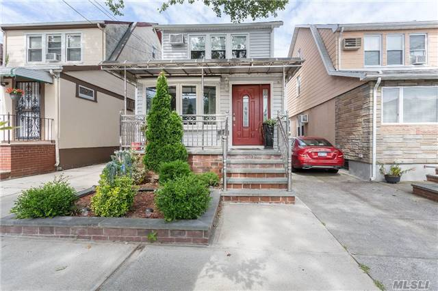 Location , Location Location!!!!!Great 1 Family House Detached, Excellent Condition. Features Living Room, Formal Dining Room, Eat In Kitchen, 4 Bedrooms And 1.5 Bathrooms, Full Finished Basement. 1 Car Garage With Private Driveway. Near Queens College , Transportation, Store And Long Island Expressway And Much More To Offer ..