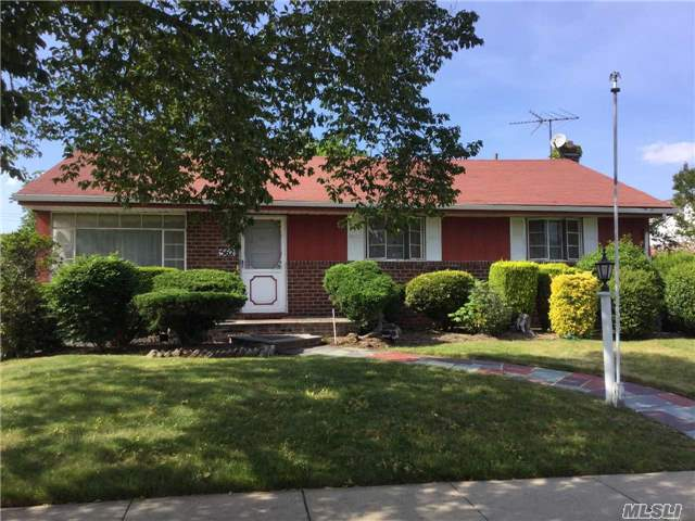 Expanded Ranch On X-Lg. Parklike Property. Family Rm W/ Fpl And Fbth Extension. Skylights, Front Porch, Hw Floors, Updated Electric, Sd #17. Needs Tlc But Has Tons Of Potential. Gas On Block. All Appliances Are As Is. Taxes Can Be Grieved.