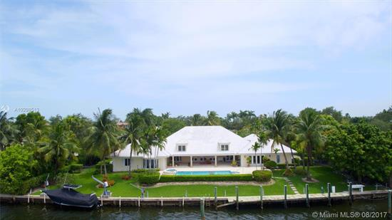 Incredible Old Cutler Bay 26, 100 Sqft Lot & Location With 179' Of<Br />Water Frontage On One Of The Widest Canals Backing Up To Gables<Br />Estates With Easy Direct Bay And Ocean Access. Easy To Maneuver The<Br />Largest Of Boats. Existing House In Good Shape And Workable As Well-<Br />Timeless Design, Volume Ceilings, Expansive Rooms All With In-Suite<Br />Baths, Large Patio, Great Views, & More. Take The Video Tour Here:<Br />Https://Youtu.Be/Rhn0Kcm0G1O