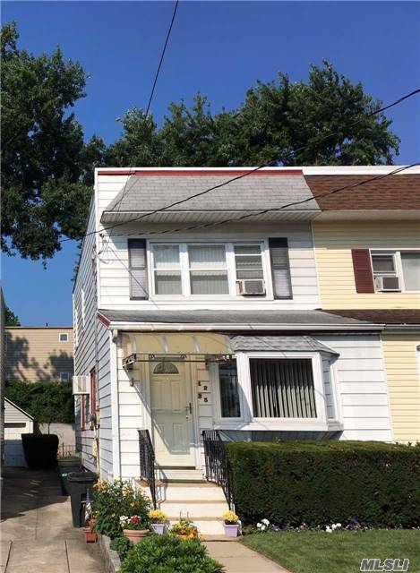 Well Maintained 1-Family Home. 3 Bedroom, 1.5 Bathroom, L/R, D/R, Foyer, Eik, Basement. School Dist. 26 (Ps97/Ps67) .Close To All, Banks, Supermarkets, Post Office, Public Library, Restaurants, Few Blocks From Lirr (28 Min. To Manhattan), 1 Block To Mta Bus. Close To Lie & Cip. Sold As Is.