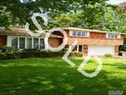 Bright & Sunny Home In A Prime Mid Block Loc. In Hamilton Park /Searingtown Area. Located On A Quiet Street, Offering 3 Bedrooms,Large Living Room With Vaulted Ceiling,Eat-In Kitchen Overlooking Private Property, Family Room With Fpl,Cac, Herricks Schools.Great Location,Close To All.Prop Size 120X110.65X46.78X113.59 Huge Reduction!!Great Value!!Won't Last At This Price$$
