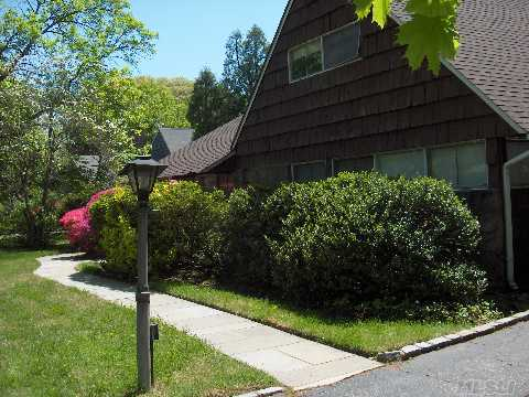 Original Country Club Home.  Perfect for a redo or builders.  Flat property.  East Williston Schools.