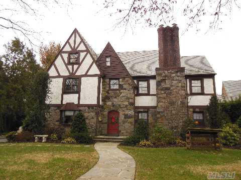 Classic Ctr Hall Tudor In Prime Bryn Mawr 5 Brs/3.55 Bths.Eh Closed Foyer,Formal Dining Room, Living Room W/Frplc, Den. State-Of The -Art Chef's Eik Has It All..S/S Applcs, Granite Ctrs, Center Island,Rear Stairs.1/2 Bth. 2nd Fl: 5 Bedrooms:Huge Master Suite W/ Full Bth (2) Wics.4 Large B/R + 1.5 Bths. Third Fl: 2 Bonus Rooms W/ 1/2 Bth.Full Basement,2 Car Garage.O/S Lot.