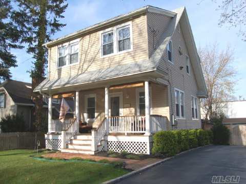 Diamond Front Porch Sea Cliff Colonial Renovated To Perfection. Living Room With Stone Fireplace And Wood Floors. New Granite Kitchen Featuring Radiant Heated Floors.  New .5 Bath On 1st Floor, New Windows And Updated Electric. Priced To Sell!! Its A Great Time To Buy