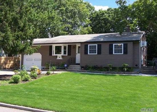 Beautiful Upgraded Ranch W/New Eik With Granite Counter Tops And Ceramic Tile Flooring. Gas Heat, Hardwood Flooring, Updated Bathroom W/Granite, New Siding. Some New Windows, Full Finished Basement W/Bar, Fully Fenced Yard, Bonus Room In Back Of Garage (Work Shop). Must See!