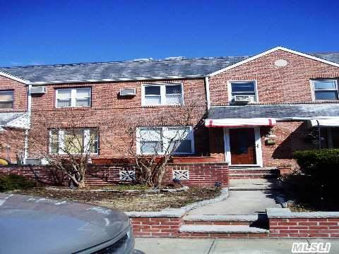 Beautiful Brick 1 Family In The Most Desirable Maspeth/ Middle Village Area! Spacious Living Room, Formal Dining Room, Kitchen, 3 Bedrooms & 2 Bathrooms. Hardwood Floors Throughout! Renovated Bathroom With A Jacuzzi Tub. Full Finished Basement, Large Front & Back Patio, 1 Car Garage & Private Driveway. Near Highways, Express Buses Qm24 To Manhattan & Juniper Valley Park!