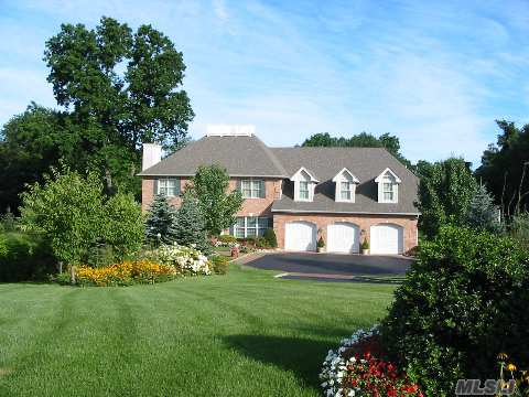 Elegant Custom 'Freidlander' Built Brick Colonial. Spacious And Gracious Rooms Sizes, Great For Entertaining!Country Club In Ground Pool, Professionally Landscaped Shy Acre, Cul-De-Sac Location. Taxes With Star $24,450