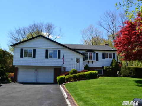 Stunning,Well-Maintained 4 Bdrm Hi Ranch In Lovely Neighborhood Of Renowned Commack Sd! Features: Updated Kitchen W/Corian Counter Tops,All Updated Baths,Built-Ins,Woodburning Fpl W/Insert,New Cac,Open Floor Plan,Hrdwd Flrs Under Carpet,2 Skylights,Whole House Water Filter System,2 Yr Young Roof,Oversized 2 Car Garage And Driveway,Wrap Around Trex Deck,Vinyl Shed, And More