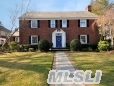 Live The Glamorous Life. Stately & Stylish Full Brick Center Hall Colonial Welcomes And Wows. 5 Bdrms, 3+ Bths, Suspended Den And Deck Overlooks An Igp, And Manicured Grounds.