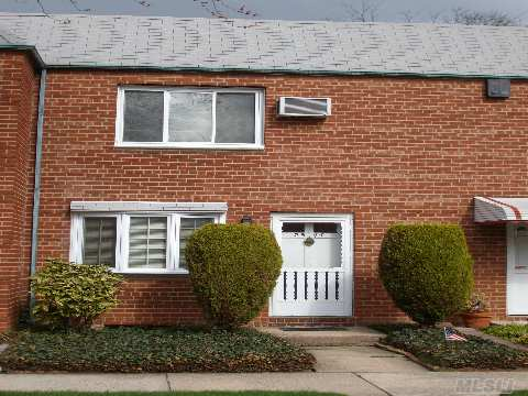 Quaint 2 Bedroom Townhouse On A Quiet Street In North Flushing. Neal All.