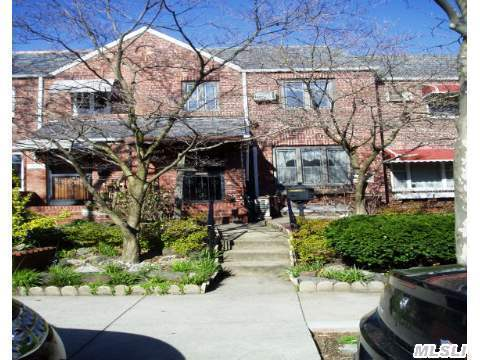 Brick Single Family Home In Desirable Neighborhood! Livingroom, Formal Diningroom, Eat-In Kitchen, 3 Bedrooms + Full Bathroom. Full Basement, Porch + Single Car Garage. Hardwood Floors Throughout! This Home Offers Timeless Charm In A Prime Location! Middle Village/Maspeth Border! Walking Distance To Stores, Buses & Juniper Valley Park!