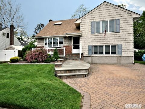 4 Level 3 Bdrm 2 Bth Expanded Split In Move-In Condition. Cac, Hardwood Floors, Country Eik, Den, Beautiful Yard And Lanscaping! Updated Roof, Siding And Windows, Paver Driveway, Front Porch, Won't Last!