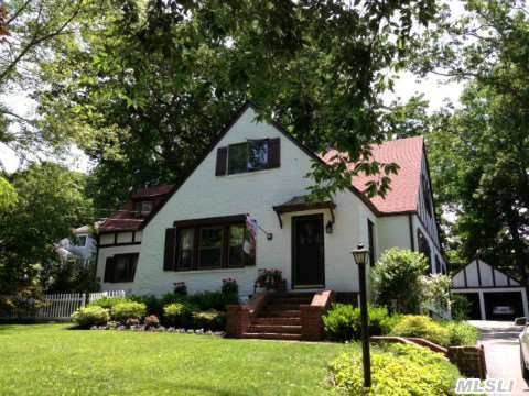 Charming Storybook Tudor In Fabulous Bay Hills! Beach,  Mooring & Tennis! Oversized Living Spaces,  Eik,  Lr W/Fplc,  Formal Dining Room,  Screened Porch. 4/5 Bedrooms,  2 Car Detached Garage. Live A Lifestyle!