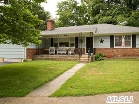 Spotless And Sunny Updated Ranch.  Recently Redone Eik & Baths,  Hardwood Floors.  Steps To The Famed Glenwood Landing Elementary School,  Beach Privileges.  The Perfect Family Home!
