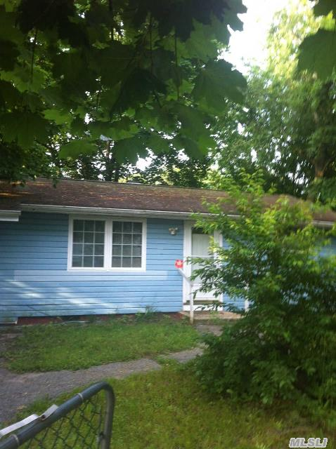 Approved Shortsale. Owner Or Lender Does Not Gurantee Condition Of Property. Buyers Should Verify Listing Information Pertaining To Property Taxes,  School. Home Sold As Is. Short Sale Under Contract - Pending Bank Approval