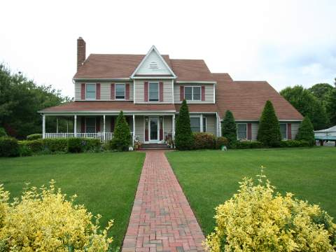 1 Acre With Heated In Ground Pool (L-Shaped-30X40)