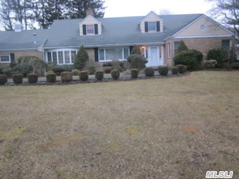 Beautiful Farm Ranch In Wheatly School District. Features Updated Chef's Kitchen,  Detailed Moldings,  Hardwood Floors,  Huge Family Room And Much More. Absolutely Great For Entertaining. Shy Acre Property With Basketball Court And Saltwater Inground Pool. A Must See!!