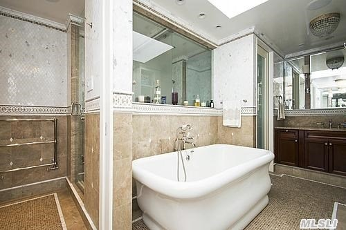 His/Hers Master Bath