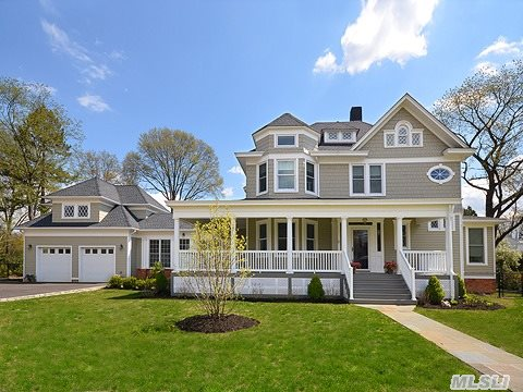 Impeccably Maintained Newly Built Victorian Offers Space,  Comfort & Luxury Amenities For Gracious Living & Elegant Entertaining.  This Stunning Showplace,  Situated On An Over-Sized Lot,  And Embraced By Its Huge Porch,  Offers A State-Of-The Art Eik,  Fdr Perfect For Large Or Intimate Gatherings,  Mstr Br &  Mstr Spa Bth,  A Private Guest Suite Affords Both Comfort & Seclusion.