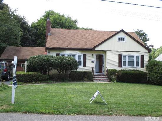 Reduced To Sell!!Location,  Location. Well-Built Cape W/Detached Garage On Dead End Street Backing To Cul De Sac. Private Yard,  Hardwood Floors,  Basement W/Ose,  Igs And More. Shed Is A Gift.   Easy To Show Now!! A Must See!!