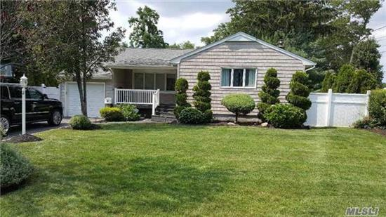 Nicely Updated 4 Bedroom Ranch In Hhh Sd. Great For Commuters. Convienent To Trains.Highways. Full Finished Basement With Ose Has Many Possibilities. Enjoy Large Private Country Club Setting With 20X40 Igp. Signal Elem, W. Hollow Middle, Hs East