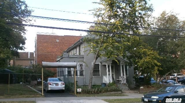 Det. Colonial 1 Family-3 Bedrooms,  2 Baths,  Fireplace,  Den,  Office,  Attic,  Hardwood Floors,  Private Driveway,  48X63 Plus Extra Land 20X65 Easement With Railroad Rent $75/Year,  Sold 'As Is'