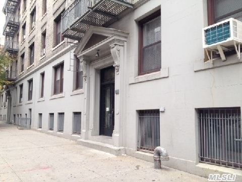 One Bedroom/Junior 4 Apartment In Walk Up. Prewar, Pet Friendly Building Conveniently Located Only 2 Blocks To #7 Train. Commute Minutes Away From Manhattan. Near Shopping And Houses Of Worship. Building Amenities Include Use Of Courtyard And Bonus Storage Space. No Flip Tax And Very Low Maintenance.  Must See!! As Of April 2013 Assess Double Maintenance Every Other Month