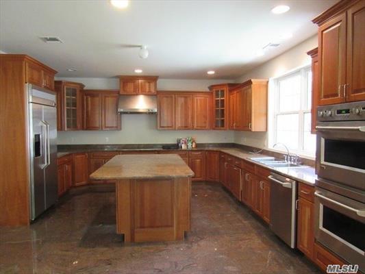 Gourmet Kitchen with Granite Center Island