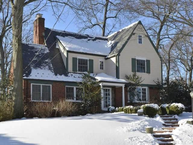 Heart Of Munsey Park Center Hall Colonial On Oversized Lot,  Formal Dining And Living Room W/Fpl,  Eik,  Family Room,  Master Suite W/Full Bth,  Former Master Suite W/Full Bth,  2Br,  Stairs To Full Attic,  Sunroom,  Maids Room W/Full Bth,  Finished Basement W/Fpl,  New Gas Furnace And Water Heater