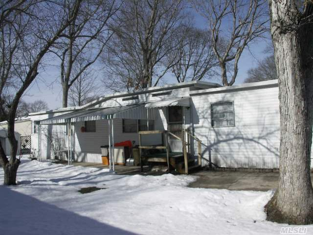 Nicely Kept Mobile Home,  Newly Insulated Pipes,  Freshly Powerwashed,  New Hot Water Heater Lot Rent And Taxes $403.20 Per Month