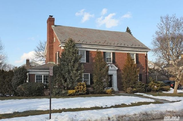 Classic,  All Brick,  1933 Colonial On 80 X 100.  4 Spacious Bedrooms And 2.5 Bath  Large Walk  Up Attic With  Plenty Of Storage Space.  Eat In Kitchen With Rutt Custom Cabinetry.    Enormous Rec Room In Basement With High Ceilings And Hardwood Floors.  Additional Features ; Igs,  Cac,  2 Patios And Two Car Garage.
