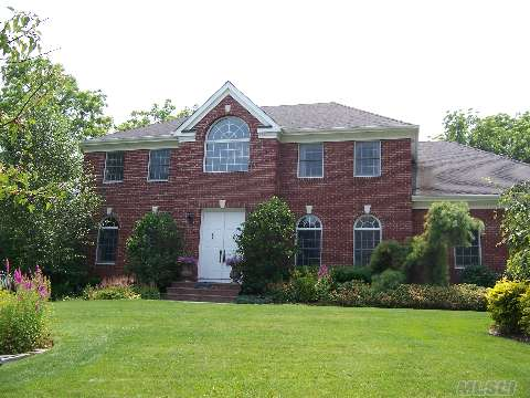 Spectacular Colonial On Dead End Street Steps To Centerport Harbor!!Designer Center Isle Kitchen With Top Of The Line Appliances,Water Filtration System,Cac, Designer Patio/Professional Landscaped, Too Much To List.Taxes Are Being Greived. A Must See!!