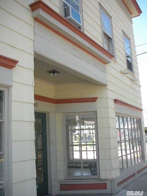 Corner Building On Main Street Fully Occupied With Rental Growth- Existing Leases On All. Tenant's Pay All Utilities- Landlord Pays Taxes- 2378 Square Feet