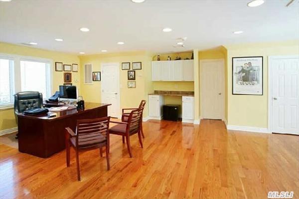 Guest Suite/Office