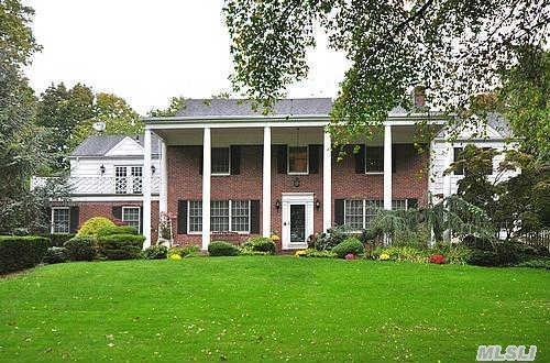 Magnificent Brick Georgian Colonial With Magestic Water Views And Sunsets. Perfect Family Home. Large Bedrooms. Move In Condition. A+ Rating. Must See. Prime Location. Walk To All.