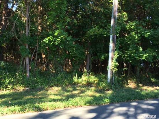 Flat, Buidable Lot Located In Beautiful Residential Neighborhood. Within Walking Distance To Peconic Bay. Convenient To Vineyards, Shopping And All The North Fork Has To Offer. Build Dream Home Or Hold For Future Investment.