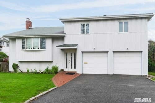 Beautiful, Spacious And Sun-Drenched Are Adjectives To Describe This Classy Home. Priced To Sell!