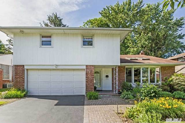 All Redone Mark Iv In Mid Block Location ,  4 Bedrooms On One Level In The Manetto Hill Area,  Dramatic Open Floor Plan,  New Kitchen With Wood Cabinets,  Ss & Granite,  New Bathrooms, New Trex Deck,  Main Level Family Room, A Must See!!!