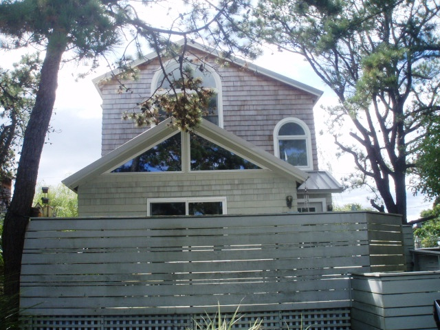 Nicely appointed 4 bedroom, 2.5 bath home in Ocean Beach. Spacious living with updated kitchen and baths. Well maintained home. Sunny, light & bright. Convenient location in the heart of Ocean Beach. This house is available for a full season rental for $35,000 or the month of July for $16,000.
